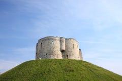 Clifford塔,约克,英国 免版税库存图片