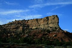cliffs Σαφής ηλιόλουστος καιρός, όμορφο τοπίο Διαβρωμένο τοπίο στοκ εικόνες