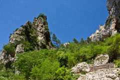 Cliffs of Fontaine-de-Vaucluse Stock Photography