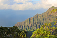 Cliffs of Na Pali coast Royalty Free Stock Photos