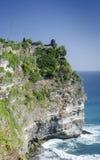 Clifftop ориентир ориентира Uluwatu висок старого балийский индусский в Бали стоковая фотография