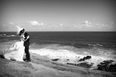clifftop mig bröllop Royaltyfri Fotografi