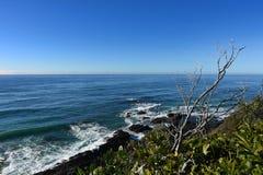 Clifftop sikt av havet Arkivfoto