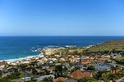 Clifton, de Atlantische Oceaan, Kaapstad Stock Fotografie