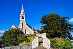 CLIFTON HAMPDEN, OXFORDSHIRE/UK - 25 DE MARZO: Vista de la iglesia Fotos de archivo libres de regalías