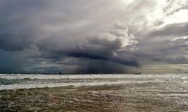 Clima tempestuoso…. Imagen de archivo libre de regalías