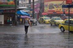 Climat : Pluie d'été en Rio de Janeiro Image stock