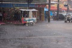 Climat : Pluie d'été en Rio de Janeiro Images stock