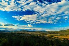 Climbin de la carretera las montañas de Croacia Fotos de archivo libres de regalías