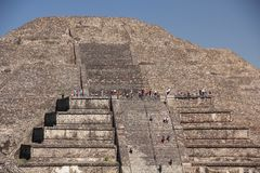 Climbing the Pyramid of the Sun at Teotihuacan ancient pre-Columbian site, Mexico Stock Photo