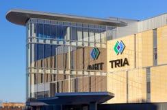 Clinica ortopedica di TRIA e logo di marchio di fabbrica immagine stock libera da diritti