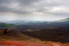 Clinker stromen en krater op vulkaan Etna royalty-vrije stock afbeelding