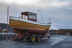 Clinker van Nice bouwde houten boot royalty-vrije stock afbeelding