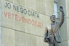 Clinton staty i Kosovo Arkivbilder
