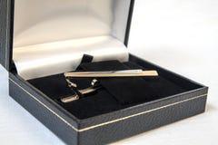 Clip de lazo en caja Foto de archivo libre de regalías