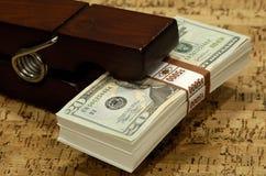 Clip del dinero Foto de archivo libre de regalías
