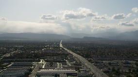 Clip 5 del tráfico de Las Vegas desde arriba - lapso de tiempo - almacen de video