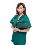 clipboard doctor female Fotografering för Bildbyråer