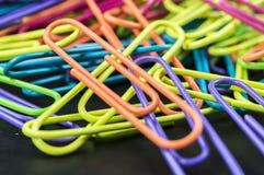 Clipes coloridos do escritório Imagem de Stock