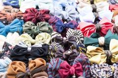 Clips de cheveu colorés Image libre de droits