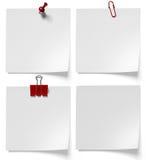 Clips de papel, botones y clip de los efectos de escritorio Fotografía de archivo libre de regalías