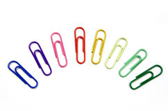 Clips de papel de diverso color Foto de archivo libre de regalías