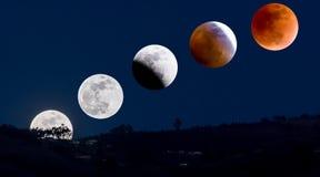 Éclipse de lune comme vu en Equateur Images libres de droits