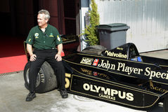 Clive Chapman on Andretti's Lotus 77. Stock Photos