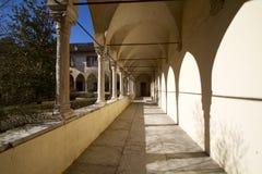 Cloître antique à Bellune photographie stock libre de droits