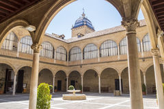 Cloître de l'hôpital De Santiago, Ubeda, Jaen, Espagne photo libre de droits