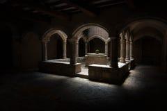 Cloître de monastère de Santes Creus photographie stock libre de droits