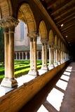 Cloître intérieur dans l'église de Jacobins Photographie stock libre de droits