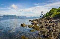 Cloch fyr på kusten av Cloch punkt - Inverclyde i Skottland Royaltyfria Bilder