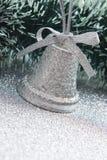 Cloche argentée de Noël image stock