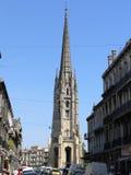Clocher, Basilique圣米歇尔,红葡萄酒 库存照片