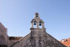 Cloches d'église dans la ville murée de Dubrovnic en Croatie l'Europe Dubrovnik est surnommé perle de ` de l'Adriatique Images stock
