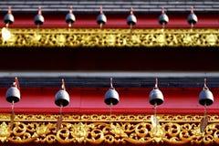 Cloches de coeur au temple bouddhiste Image stock