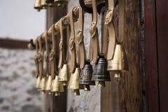 Cloches de cuivre bulgares photographie stock