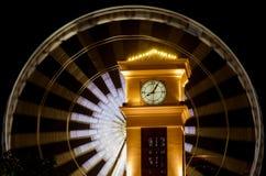 Clock står hög i Bangkok Royaltyfri Fotografi