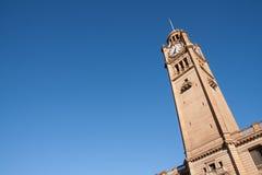Clock står hög i Sydney. royaltyfria bilder