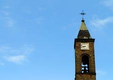 Clocktower ο καθεδρικός ναός της κυρίας διαρκούς συμπαράστασής μας σε Prizren Στοκ Φωτογραφίες