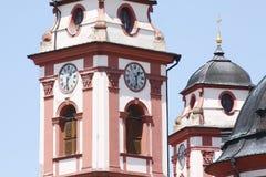 Clocktower av kyrkan royaltyfria bilder