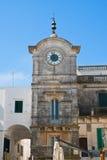 Clocktower di Cisternino La Puglia L'Italia Fotografie Stock