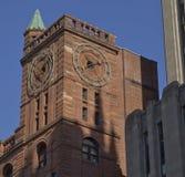 Clocktower en la ciudad vieja de Montreal, Canadá Imágenes de archivo libres de regalías