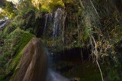Clocotawaterval, mooie waterval van Roemeense bergen Royalty-vrije Stock Foto's