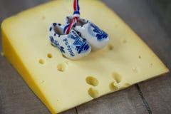 Clogs, clogs голландца на сыре Стоковая Фотография RF