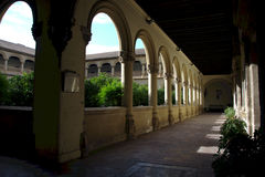 Cloister with columns 2 Royalty Free Stock Photos
