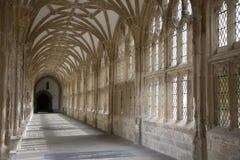 Cloister i brunndomkyrkan, Somerset Arkivfoton