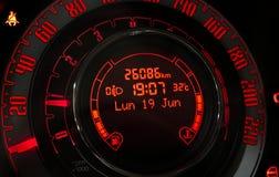 Clokc do carro com quilômetros e velociti Fotografia de Stock