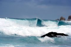 close giant storm tsunami up waves Стоковое Изображение RF